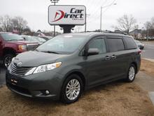 2013_TOYOTA_SIENNA_XLE, NAVIGATION, DVD, HEATED LEATHER SEATS, BACK UP CAMERA, ONE OWNER, ONLY 69K MI, LOADED!!_ Virginia Beach VA