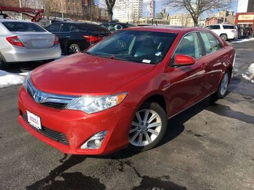2013_Toyota_Camry Hybrid_XLE_ Worcester MA