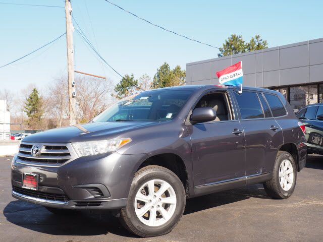 2013 Toyota Highlander Base Lexington MA