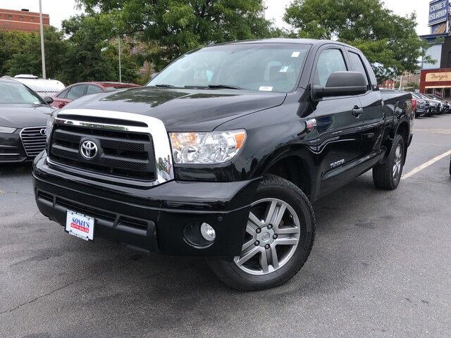 2013 Toyota Tundra 4WD Truck  Worcester MA