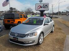 2013_VOLKSWAGEN_PASSAT_SE, BUYBACK GUARANTEE, WARRANTY, BLUETOOTH, SUNROOF, PADDLE SHIFTERS, LEATHER, STUNNING !!!_ Virginia Beach VA