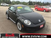 2013_Volkswagen_Beetle_2.5L_ Milwaukee WI
