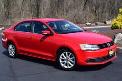 2013_Volkswagen_Jetta Sedan_SE w/Convenience 5-Speed_ Easton PA