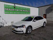 2013_Volkswagen_Passat_2.0L TDI SE AT_ Spokane Valley WA