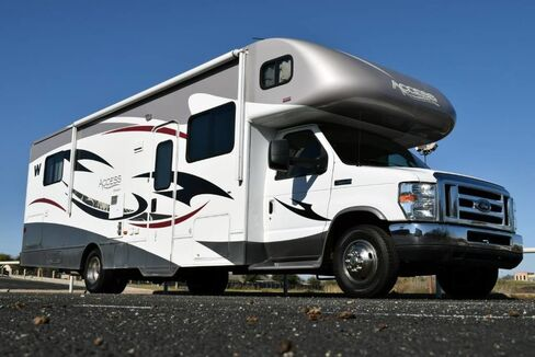 2013_Winnebago_Access Premier 31RP Motorhome Class-C__ Fort Worth TX