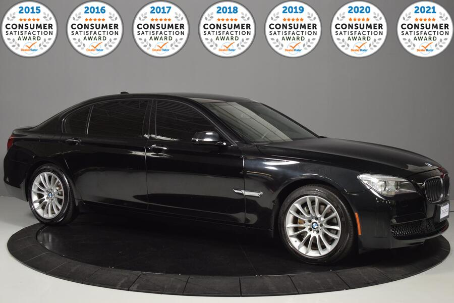 2014_BMW_7 Series_740Li xDrive_ Glendale Heights IL
