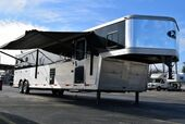 2014 Bison Bison 3 Horse Trailer With Living Quarters