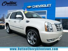 2014_Cadillac_Escalade_Luxury_ Hamburg PA