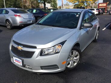 2014_Chevrolet_Cruze_LS_ Worcester MA