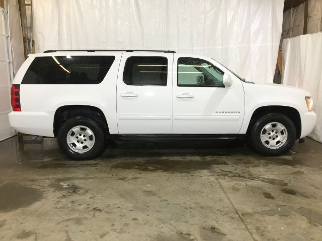 2014 Chevrolet Suburban LS 1500 4WD Middletown OH