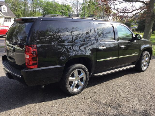 2014 Chevrolet Suburban LTZ New Canaan CT
