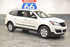 2014_Chevrolet_Traverse_3RD ROW!! 1 OWNER!!! PRICED AT A STEAL!!! 25+ MPG!_ Norman OK