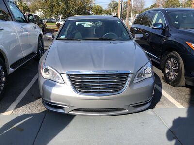 2014_Chrysler_200_Touring_ Charleston SC