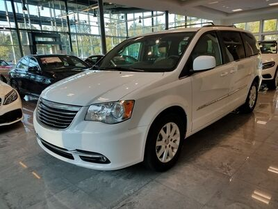 2014_Chrysler_Town & Country_Touring_ Charleston SC