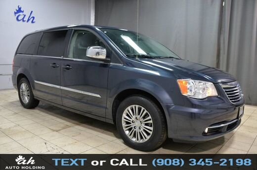 2014 Chrysler Town & Country Touring-L Hillside NJ