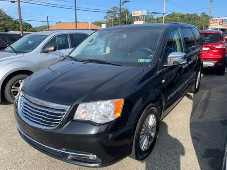 2014 Chrysler Town & Country Touring-L North Versailles PA