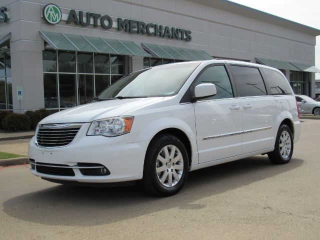 Town And Country Auto >> 2014 Chrysler Town Country Touring Leather Bluetooth Connectivity