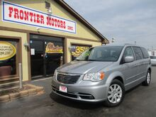 2014_Chrysler_Town & Country_Touring_ Middletown OH
