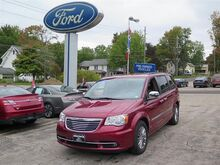 2014 Chrysler Town & Country  Erie PA