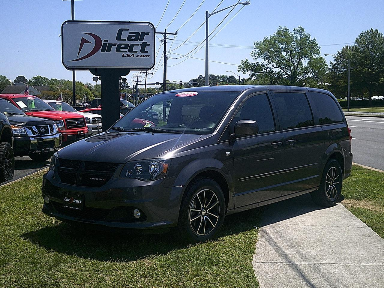 2014 dodge grand caravan sxt 30th anniversary autocheck certified navi dvd uconnect back up. Black Bedroom Furniture Sets. Home Design Ideas