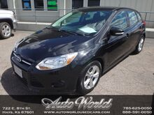 2014_Ford_FOCUS SE HB__ Hays KS
