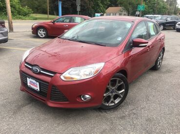 2014_Ford_Focus_SE_ Worcester MA