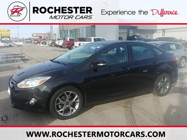 2014 Ford Focus SE w/Heated Seats + Appearance Package Rochester MN