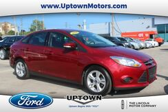 2014_Ford_Focus_SE_ Milwaukee and Slinger WI
