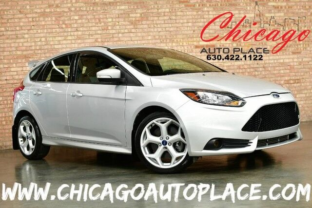 2014 Ford Focus ST - 2.0L GTDI ECOBOOST ENGINE 6-SPEED MANUAL FRONT WHEEL DRIVE KEYLESS GO 2-TONE BLACK/GRAY CLOTH Bensenville IL