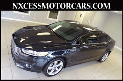 2014_Ford_Fusion_SE AUTOMATIC ALLOY WHEELS BACK-UP CAM 1-OWNER._ Houston TX
