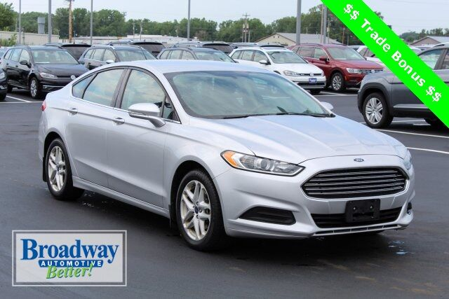 Broadway Automotive Green Bay >> 2014 Ford Fusion Se