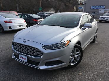 2014_Ford_Fusion_SE_ Worcester MA