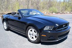 2014_Ford_Mustang_Convertible_ Easton PA