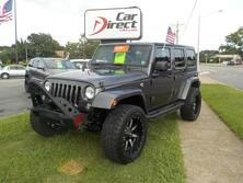 JEEP WRANGLER UNLIMITED SAHARA 4X4, BUY BACK GUARANTEE & WARRANTY, NAVI, BLUETOOTH, OFF-ROAD TIRES, TOW PACKAGE! 2014