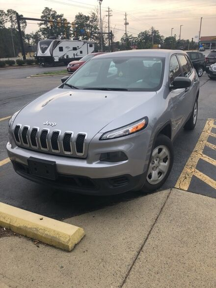 2014_Jeep_Cherokee_Sport_ Southern Pines NC