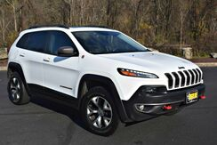 2014_Jeep_Cherokee_Trailhawk V6 4x4_ Easton PA