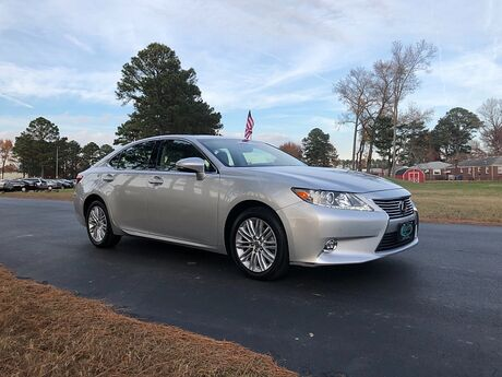 2014 Lexus ES350 4d Sedan Outer Banks NC