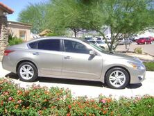 Nissan Altima 2.5 SL REDUCED ONLY 16K MILES 2014