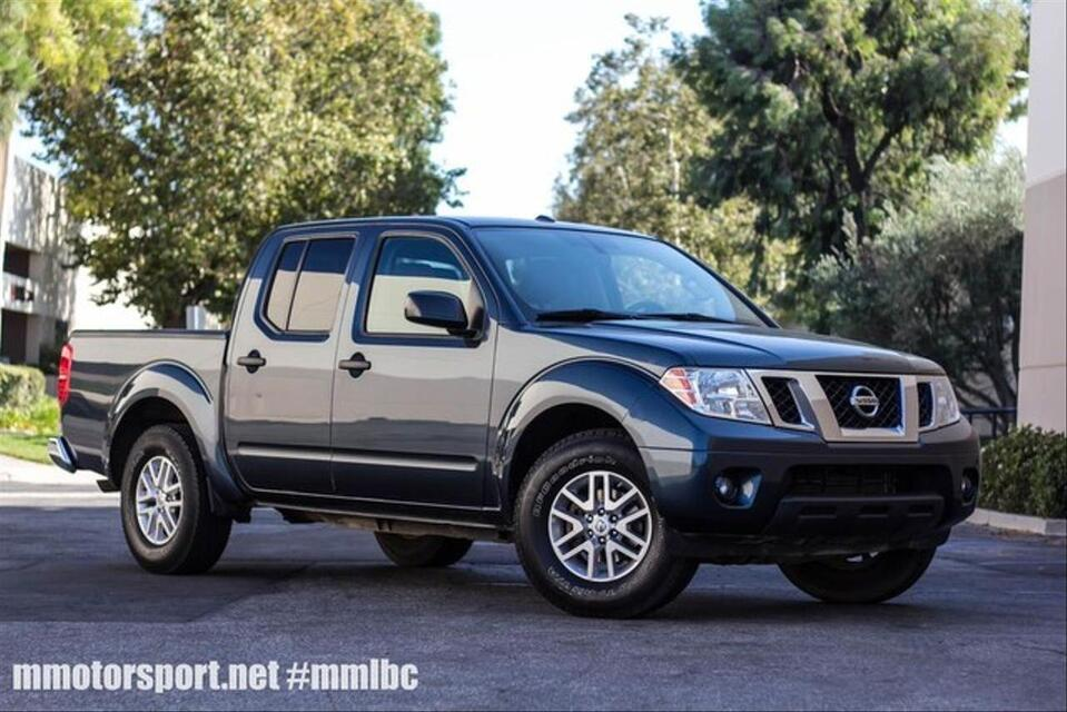 2014_Nissan_Frontier Crew Cab_SV Pickup 4D 5 ft_ Long Beach CA