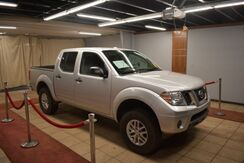 2014_Nissan_Frontier_SV Crew Cab 5AT 4WD_ Charlotte NC