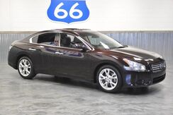 2014_Nissan_Maxima_3.5 V6! SPORTY FULL SIZE SEDAN! LUXURY & SPORT COMBINED! LOW MILES! SUNROOF!!_ Norman OK