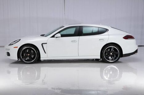 2014_Porsche_Panamera AWD_4_ West Chester PA