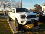2014 TOYOTA TACOMA DOUBLE CAB 4X4, WARRANTY, RUNNING BOARDS, TOW PKG, WINCH, BACKUP CAM, TONNEAU COVER, BED LINER,A/C!!