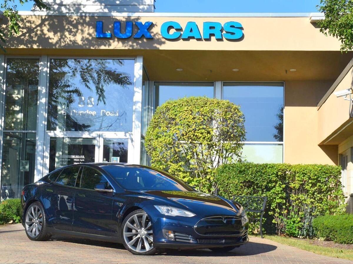 2014_Tesla_Model S_P85D Tech Autopilot AWD_ Buffalo Grove IL