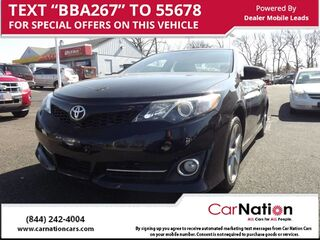 2014_Toyota_Camry_4dr Sdn se_ Fairless Hills PA