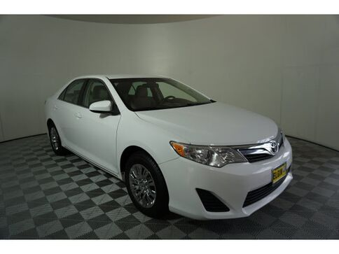 2014_Toyota_Camry_LE_ Hoffman Estates IL