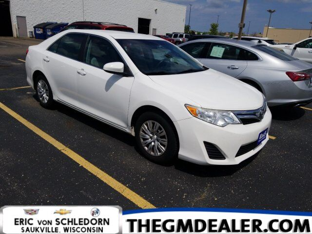 2014 Toyota Camry LE w/RearCamera Milwaukee WI