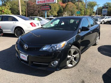 2014_Toyota_Camry_SE Sport_ Worcester MA