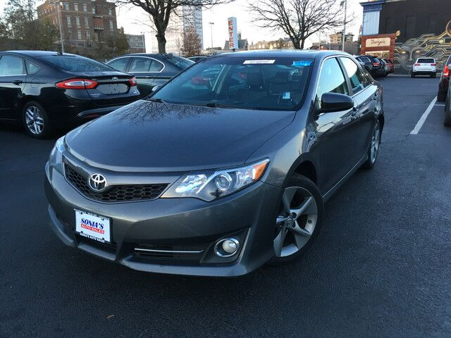 2014 Toyota Camry SE Worcester MA