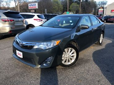 2014_Toyota_Camry_XLE_ Worcester MA